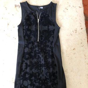 New H&M Black Zipper Front Dress Sz 4